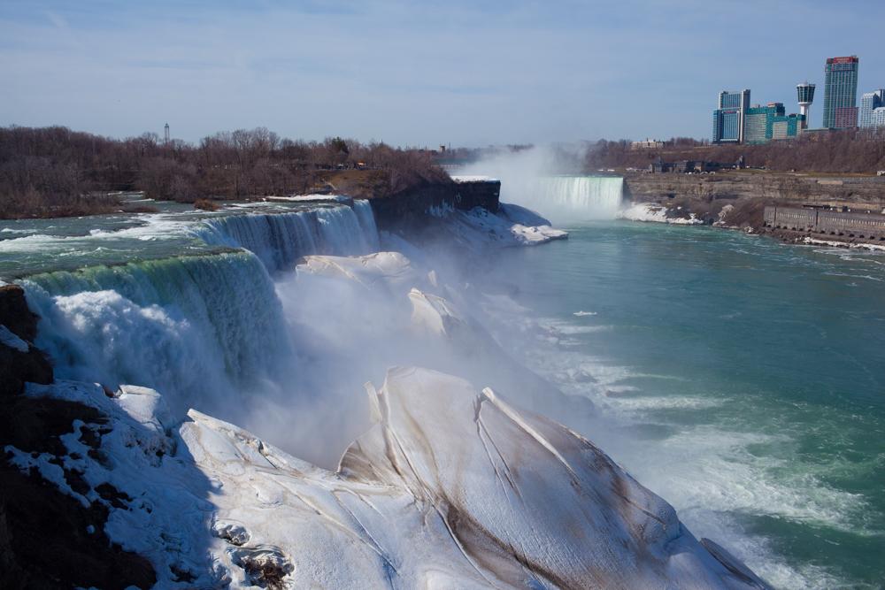 Niagara_Falls_0001
